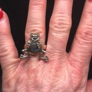 Fun Labradorite frog ring